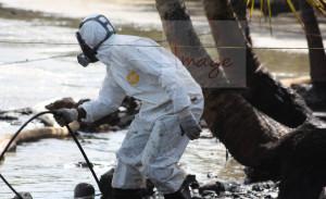 worker bent IMG_8350